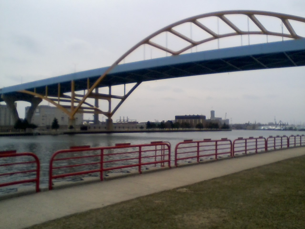 View of the Daniel C. Hoan bridge (I-794)
